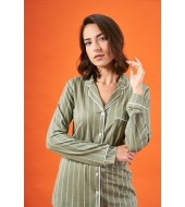 PJS 21820 Kadın Çizgili Yakalı Düğmeli Pijama Takım